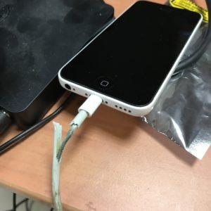bien-choisir-cable-de-charge-sam-services-aux-mobiles-france-59